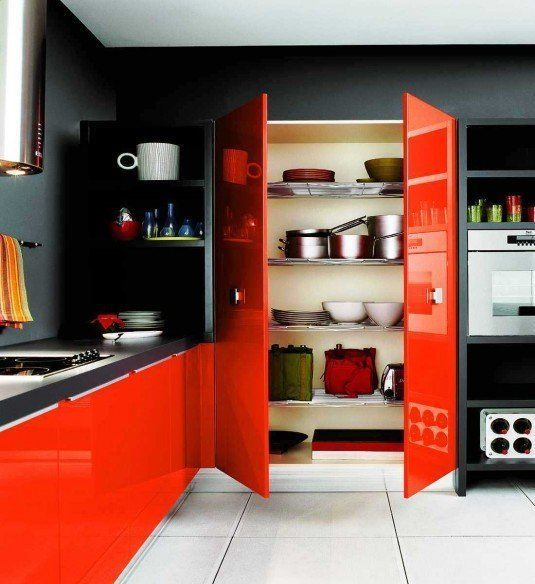 Черно оранжевая кухня