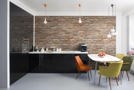кирпичная стена в интерьере кухне