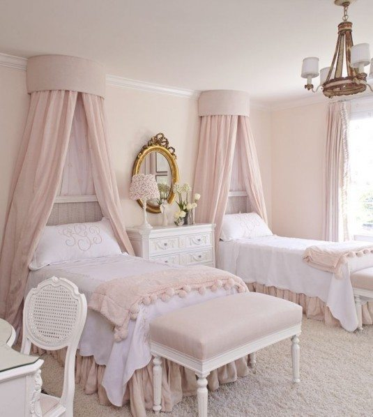 белая кровать с балдахином купить