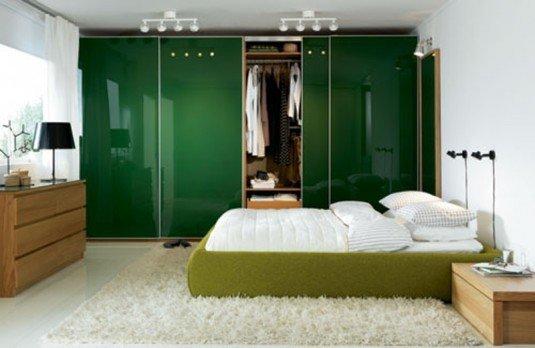 интерьер спальни зеленого цвета фото