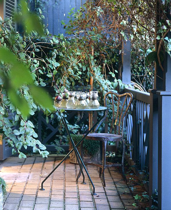 сделать сад балконе