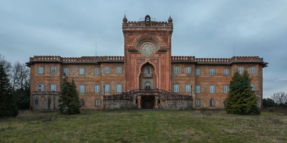 Замок Саммеццано Тоскана фото