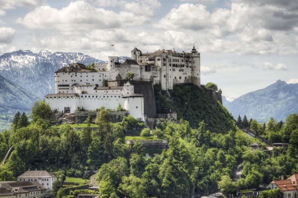 Замок Хоэнзальцбург фото