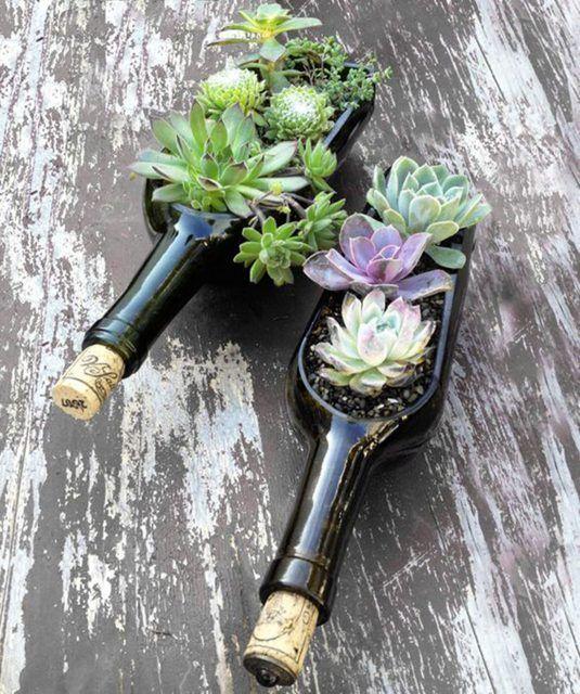 декор из бутылок для сада