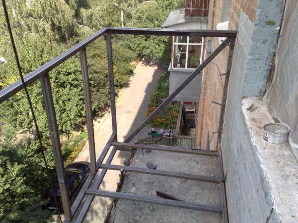 капитальный ремонт балкона в хрущевке