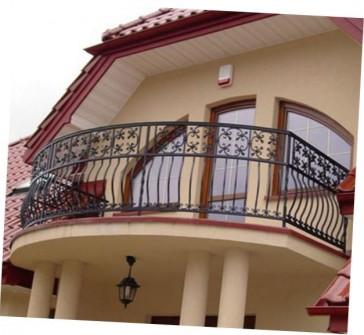 кованые балконы в частных домах фото
