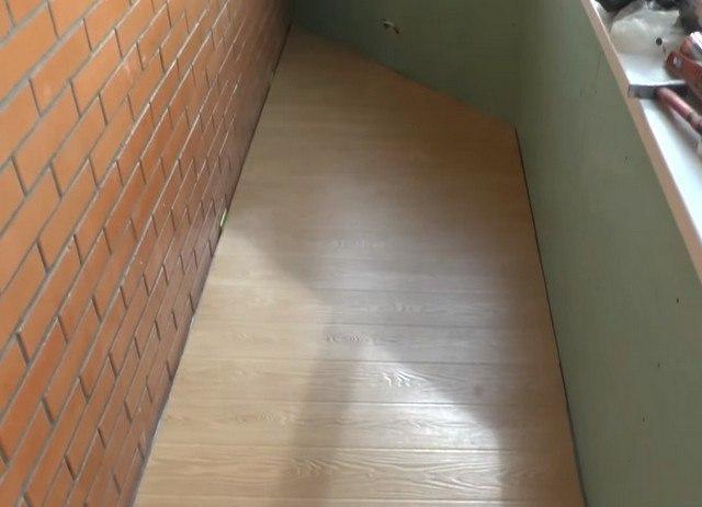 утепление пола на балконе своими руками