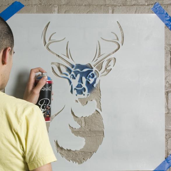 малюнки на стінах трафарети