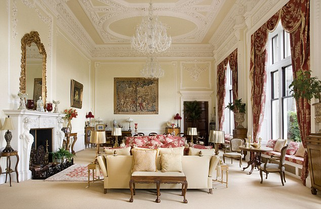 меблі в стилі бароко фото