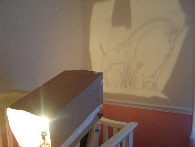 рисунок на стене по тени