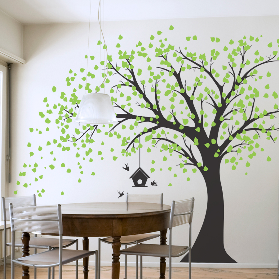 рисунок краской на стене дерево