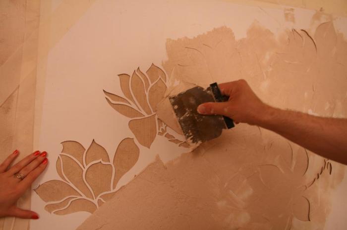 рельефный рисунок на стене своими руками