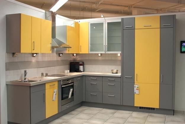 сіро жовта кухня фотографії
