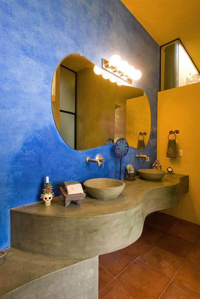 синьо жовта ванна