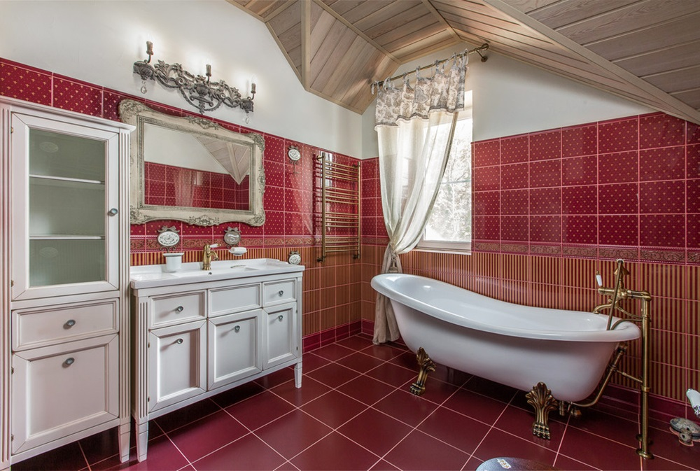 червона ванна кімната фото