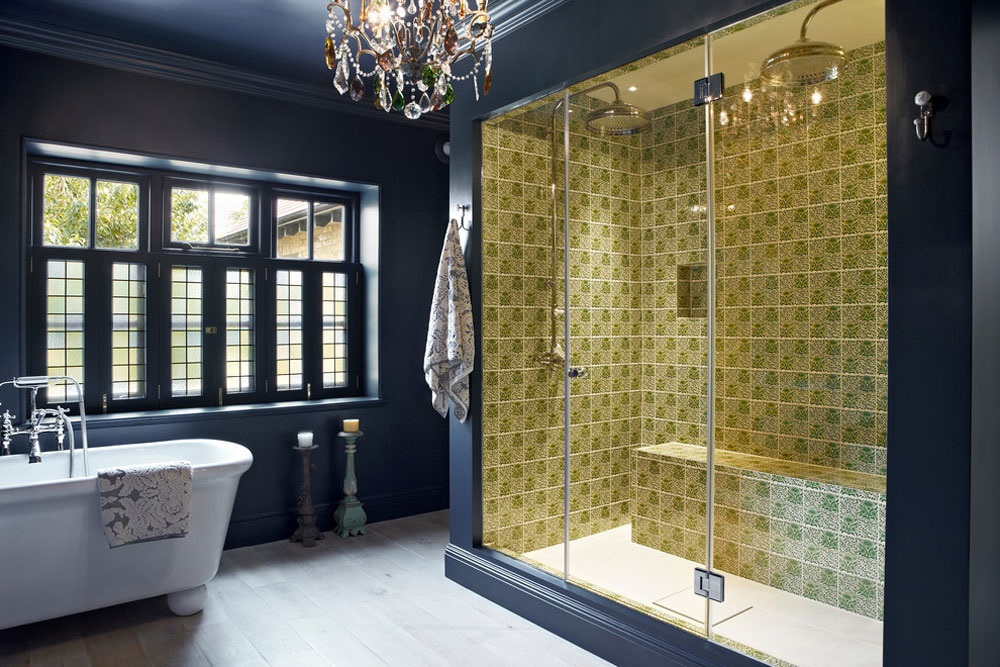 темно синя ванна кімната фото