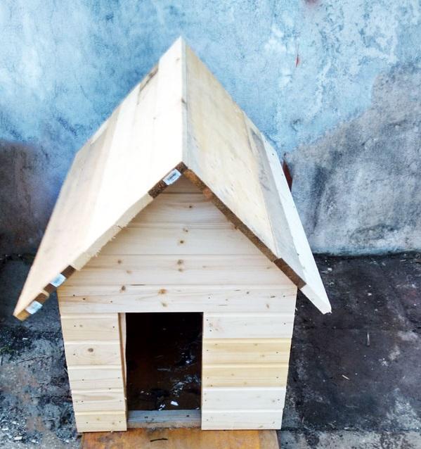 чим накрити будку для собаки