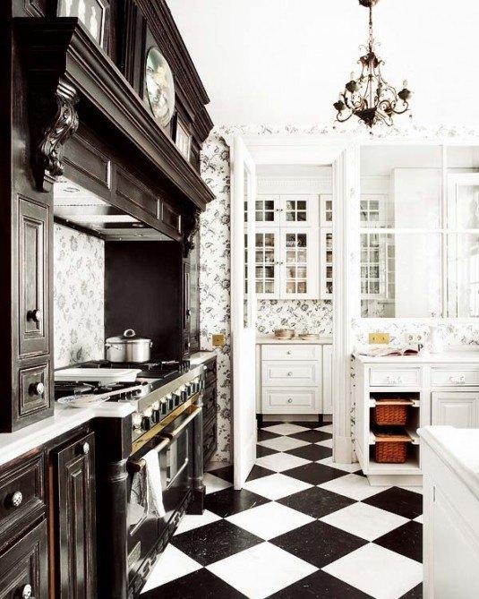 Кухня в чорно білих тонах