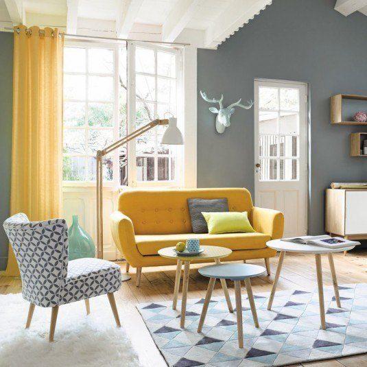 жовтий диван