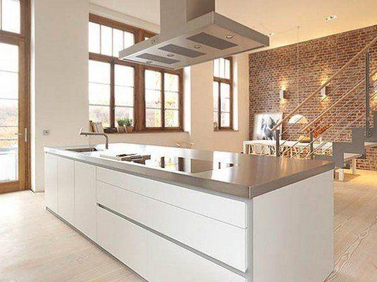 дизайн кухні з цегляною стіною фото