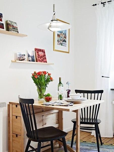 стіл обідній дубовий