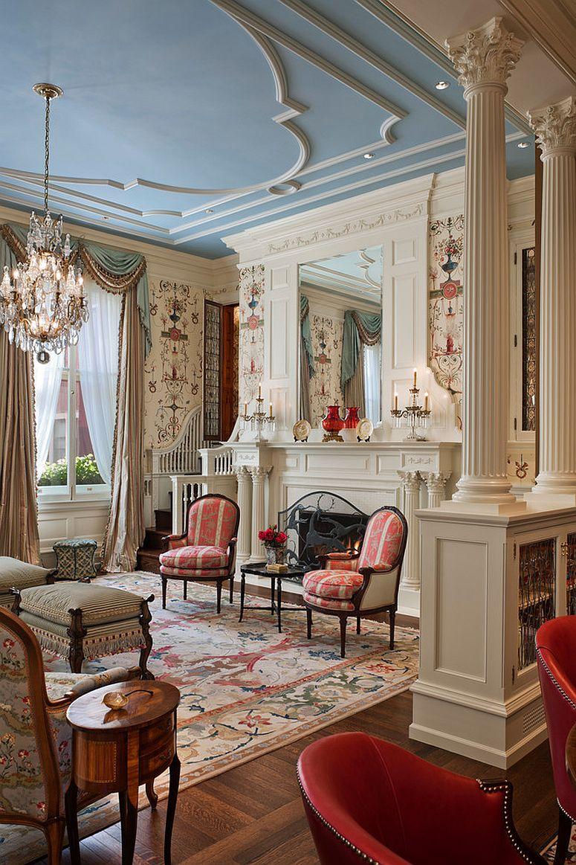 люстри для вітальні в класичному стилі