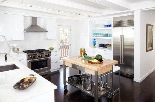 кухонний стіл на коліщатках