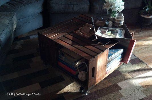 столик з ящиків