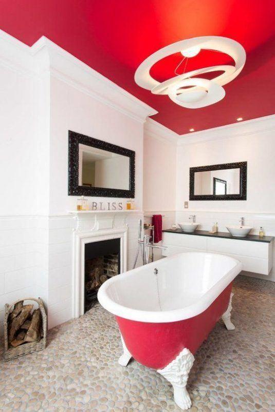 натяжний потолок в ванній