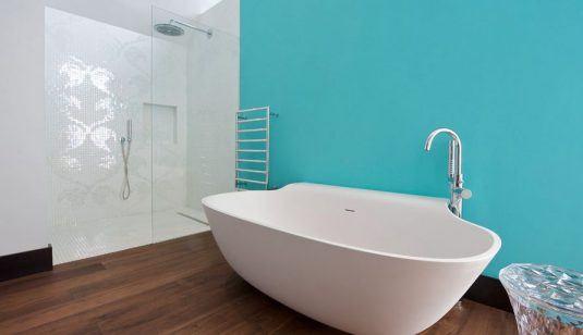 ванна кімната в голубому кольорі фото