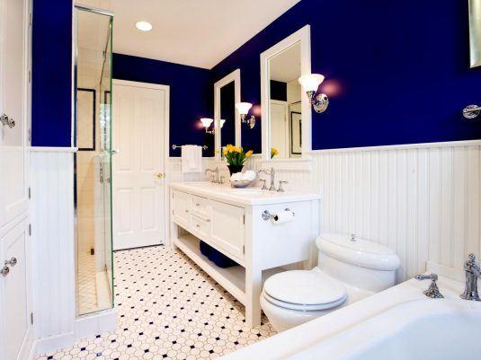ванна кімната в синьому кольорі фото