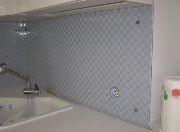 пластикові панелі для кухні