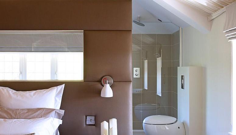 ванна в спальні