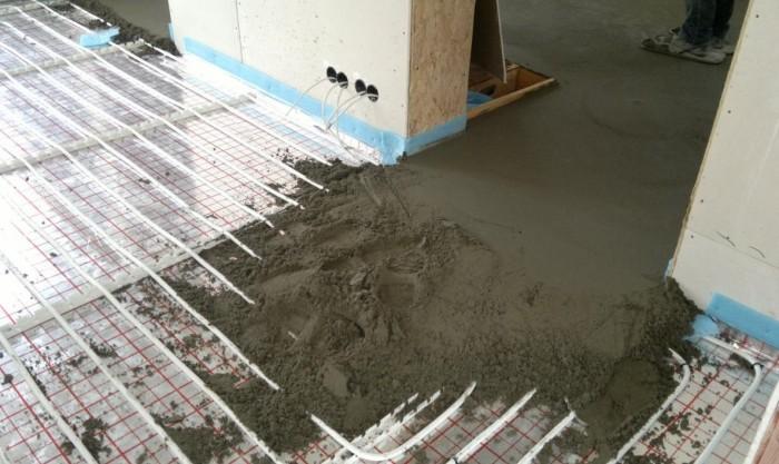 тепла підлога водяна товщина стяжки
