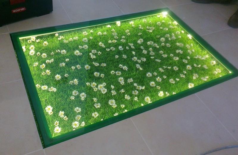 скляна підлога з підсвіткою