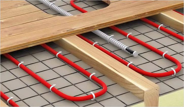 монтаж теплої водяної підлоги