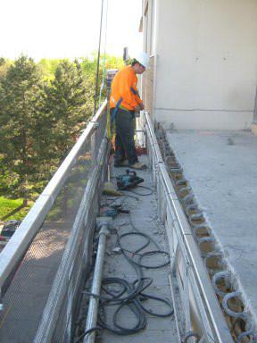 ремонт балкону фото
