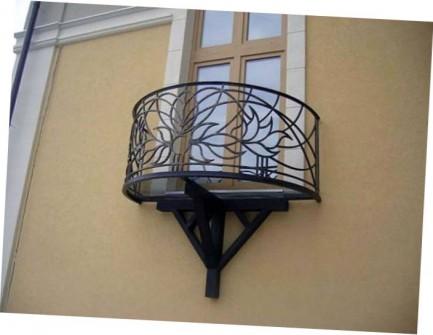ковані французькі балкони фото