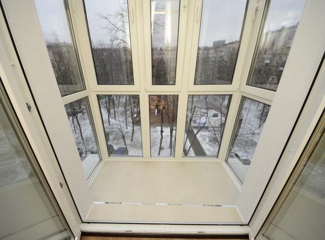 панорамне скління балконів