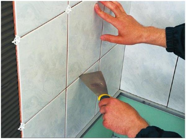 обробка ванної кімнати кахелем фото