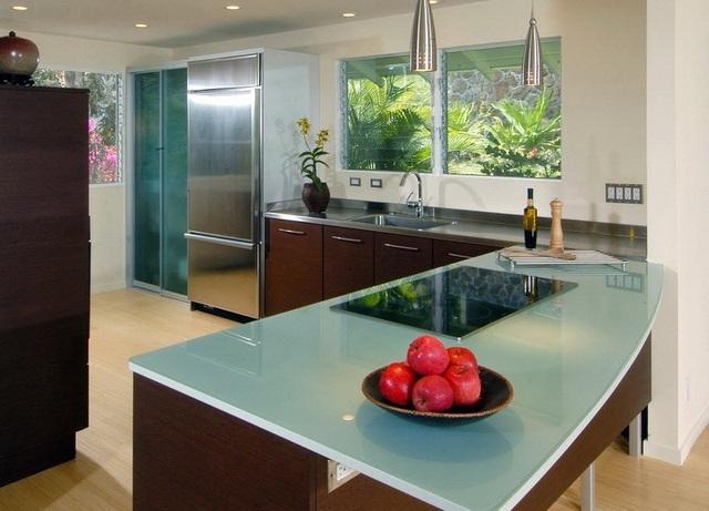 столешница для кухни стеклянная