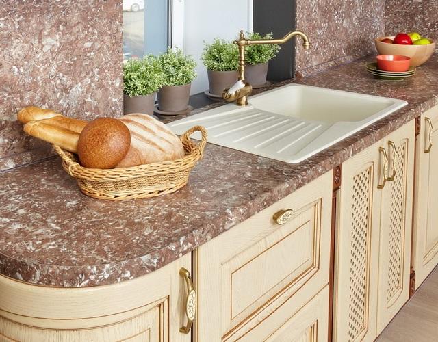 стільниця для кухні із натурального каменю фото