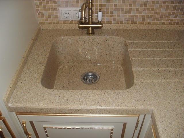 мийки для кухні з штучного каменю фото