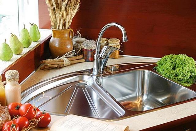 кутові мийки для кухні з нержавійки фото