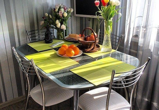 Столи на кухню