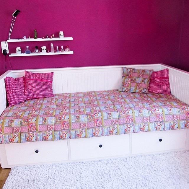 дитяча спальня для дівчинки фото
