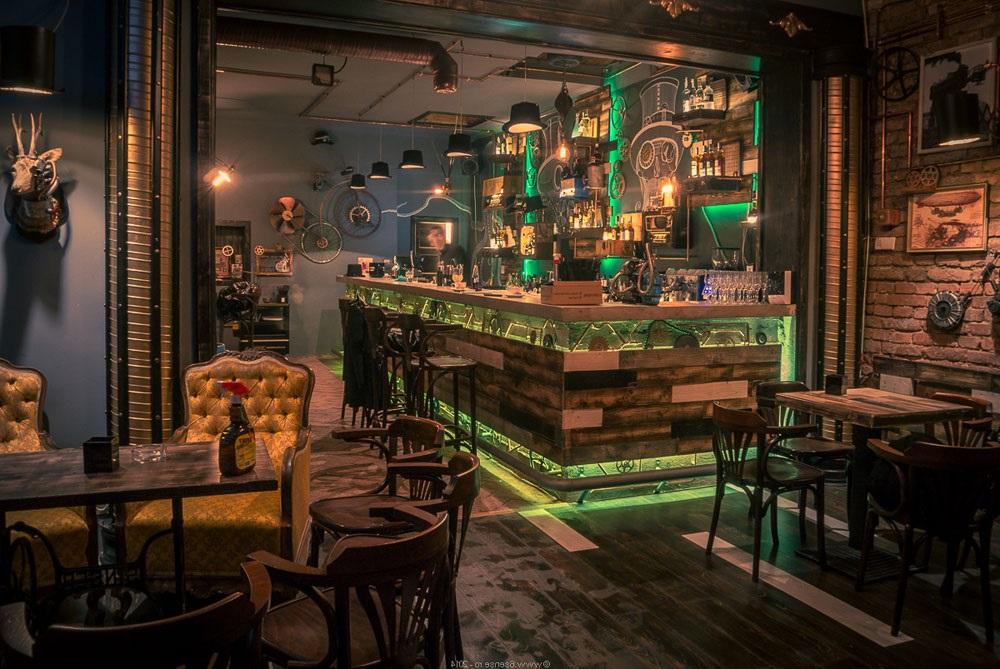 бар в стилі стімпанк фото