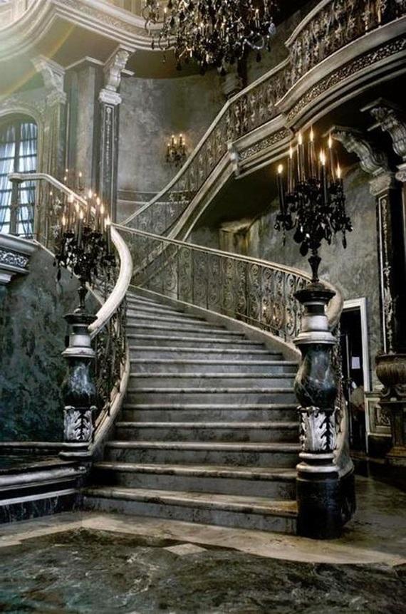 сходи в готичному стилі