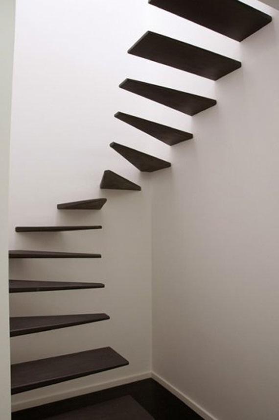 сходи вбудовані в стіну фотографії