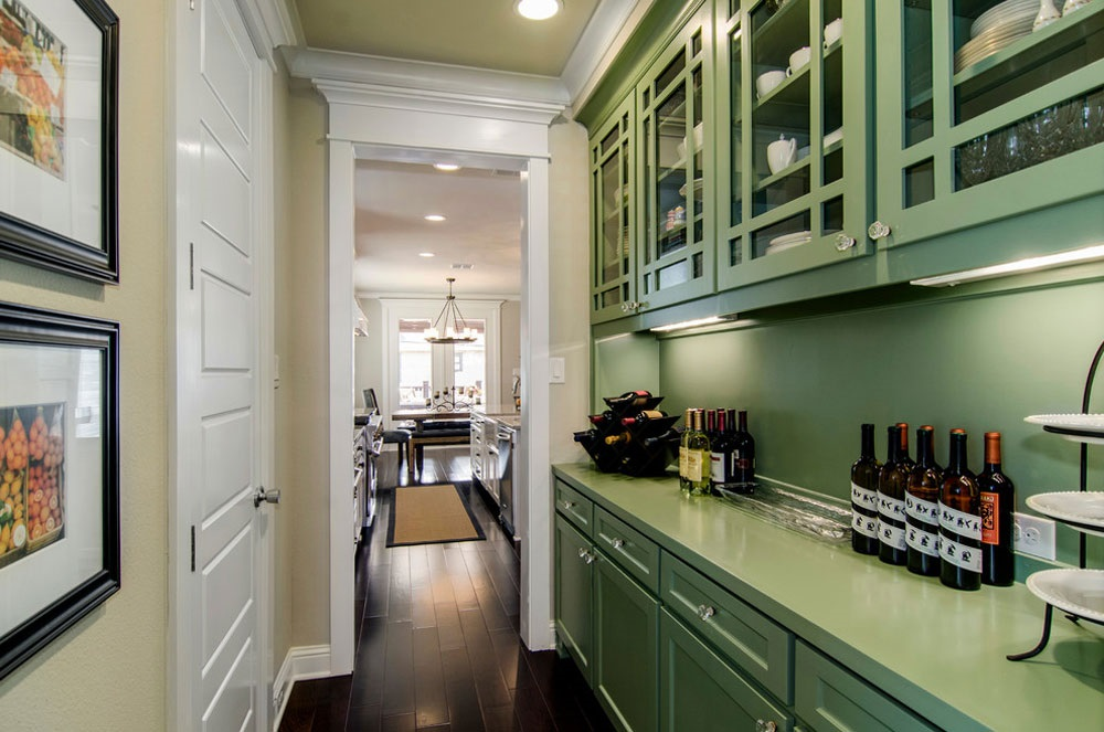 маленькая кухня зеленого цвета
